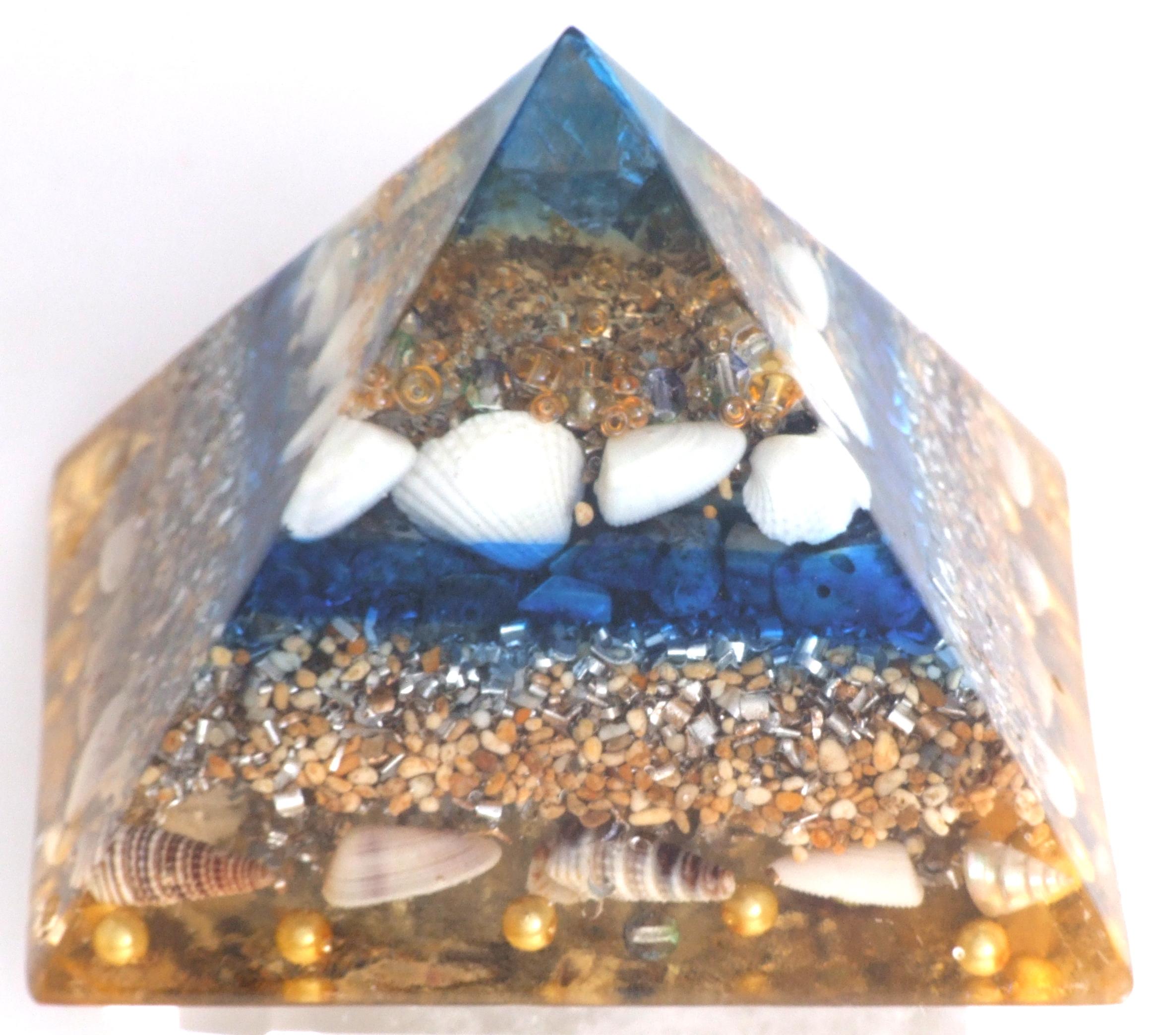 Divine Kauai Powerful Beautiful Orgone Shell & Flourite Pyramid. Orgonite from the Sea. Magical Kauai Orgone. Cell phone and Mobile Devices, Meditation Orgone, Enhanced Power Hearts.